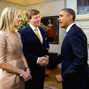 Koning Willem Alexander vs Obama (handen schudden #fail)